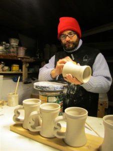 pottery (Medium)
