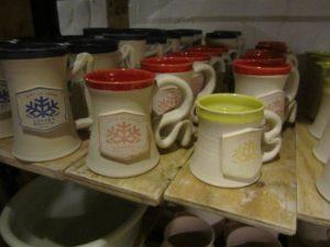 pottery mugs (Medium)